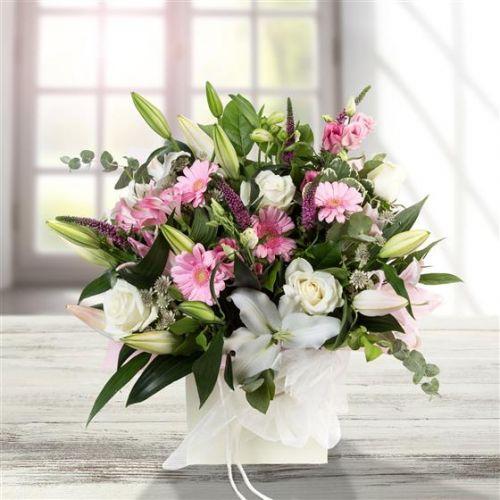 Pink & White Gift Bag